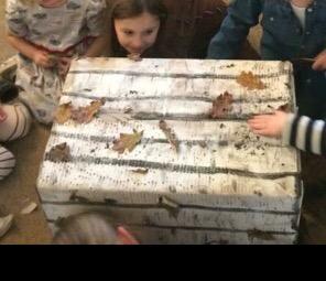 A piñata box for kids