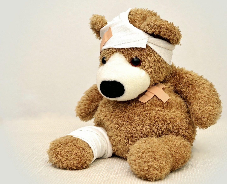 A bandaged Teddy
