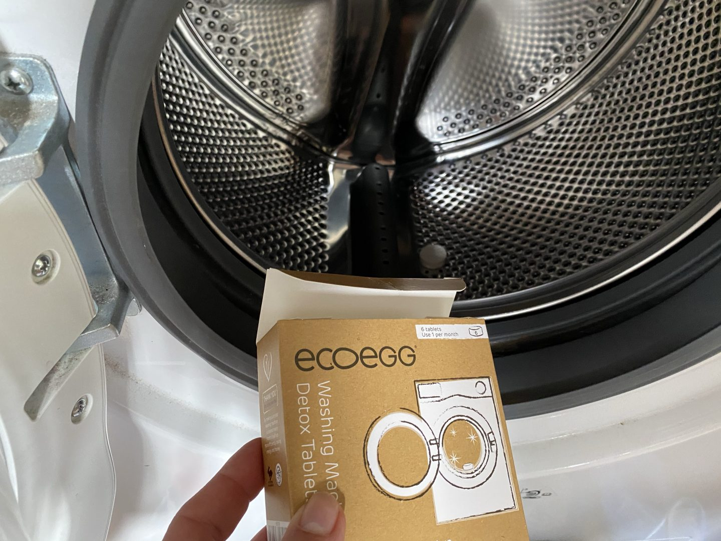 ecoegg detox tablets in a washing machine