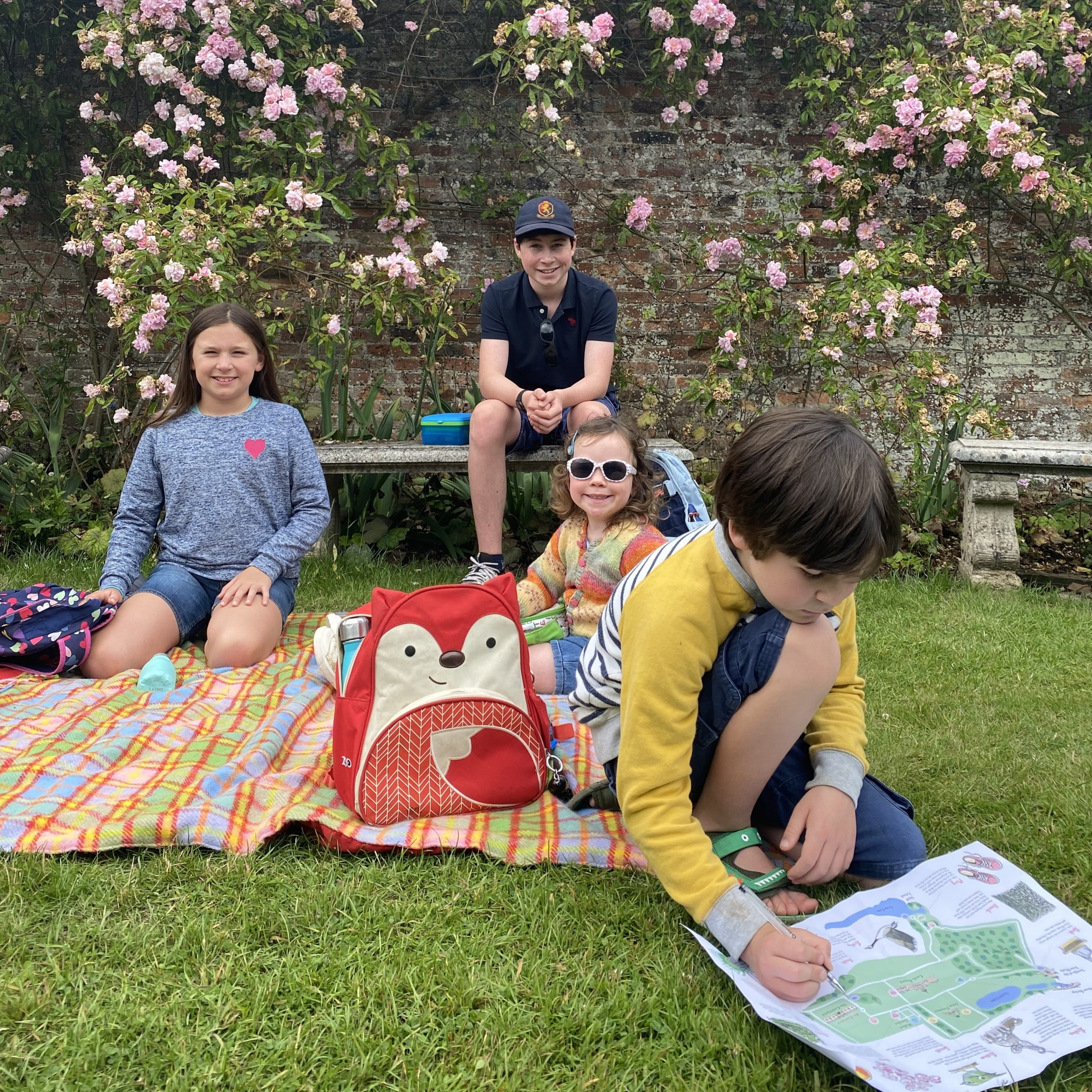 Visiting Castle Howard sat in the rose garden with four kids