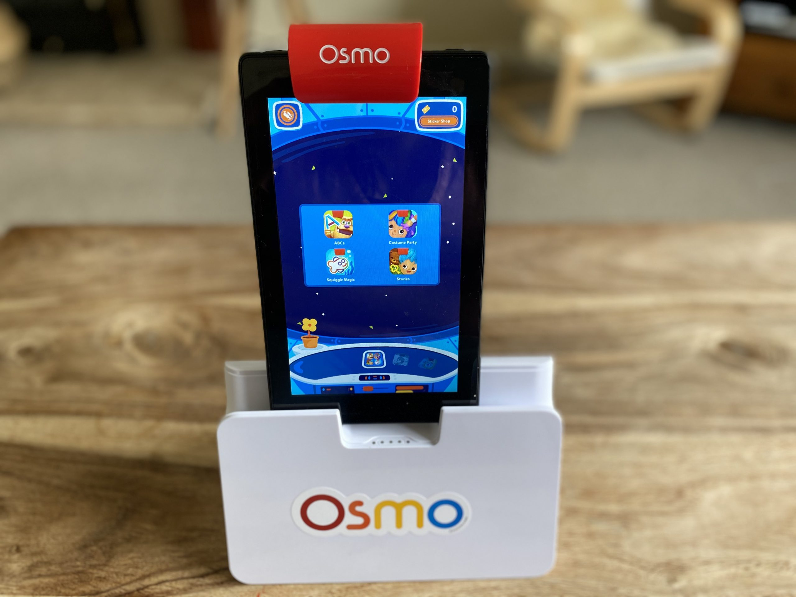 Osmo device on a table