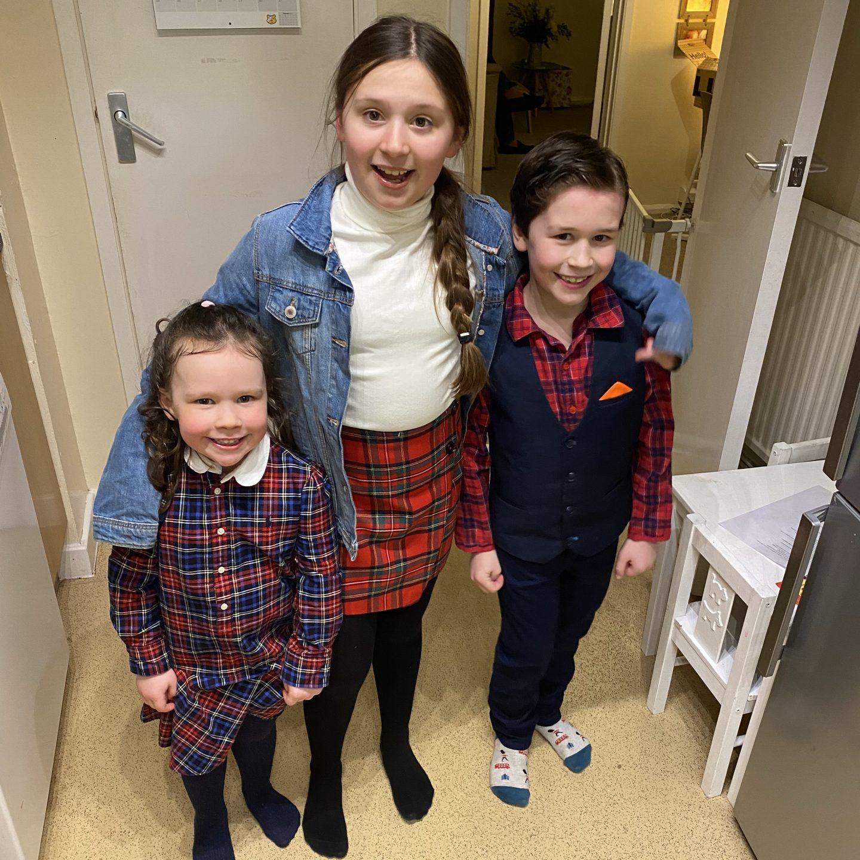 mumschool - 3 children dressed in tartan celebrating burns night